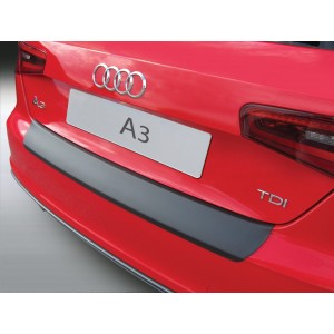Plastična zaščita odbijača za Audi A3/S3 3 vrata  (Ne cabriolet)