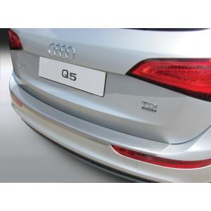 Plastična zaščita odbijača za Audi Q5
