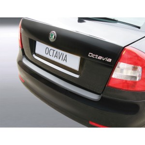 Plastična zaščita odbijača za Skoda OCTAVIA II 5 vrat